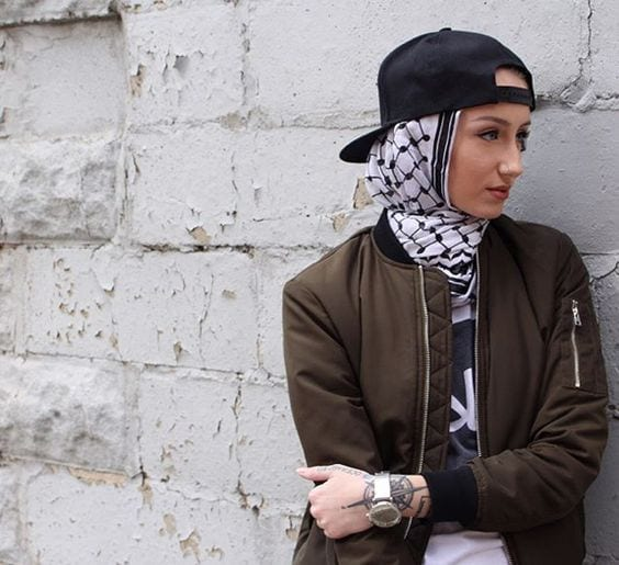 baseball-hat-with-hijab Funky Hijab Style-16 Cool Ideas to Wear Hijab for Funky Look