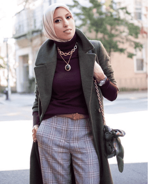 hijab-with-funky-accessories Funky Hijab Style-16 Cool Ideas to Wear Hijab for Funky Look