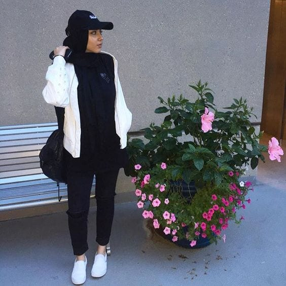 hijab-with-hat-street-style 14 Popular Hijab Street Style Fashion Ideas This Season