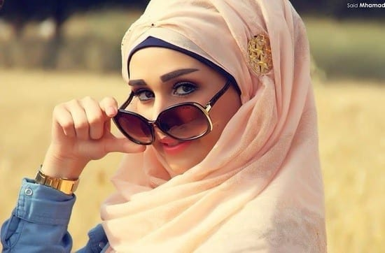 hijabi-sunglasses Hijab With Glasses-17 Ideas to Wear Sunglasses with Hijab