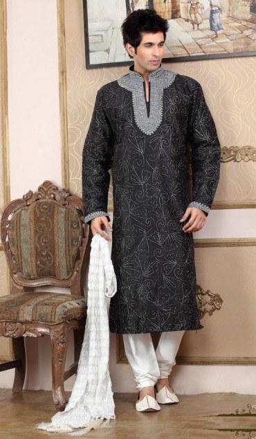 indian_wedding_wear_kurta_pajama_for_mens-6 12 Stylish Pakistani Groom Mehndi Dresses for This Season