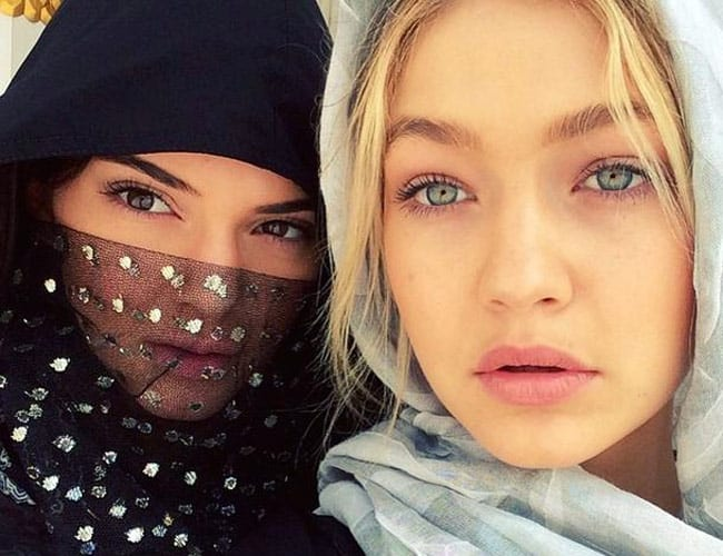 kendall-jenner-in-hijab Top 10 Non Muslim Celebrities in Hijab:Hollywood Celebrities in Hijab