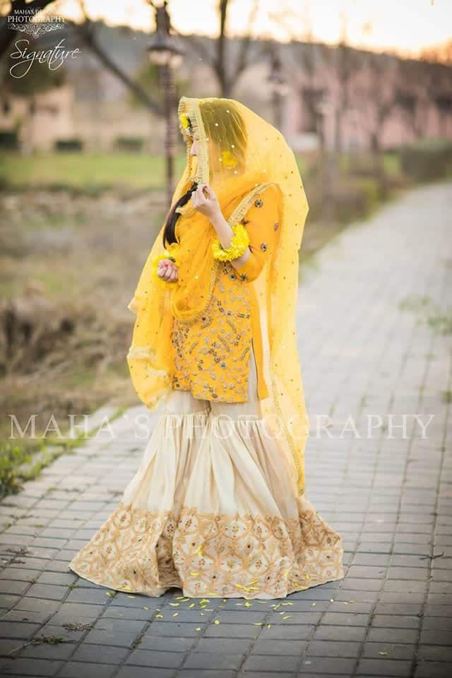 pakistani yellow bridal dress