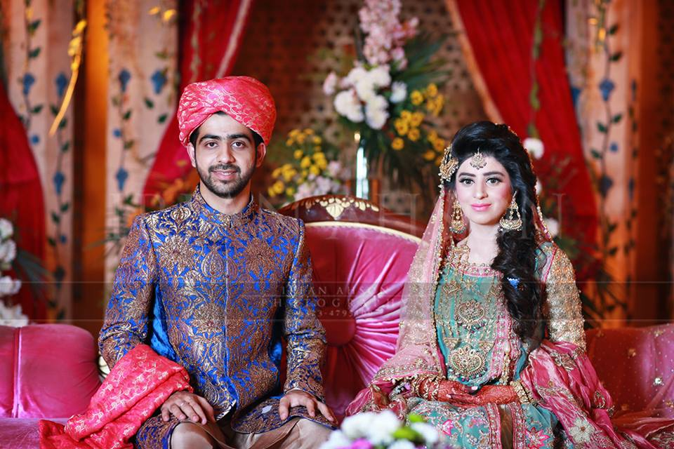 Mehndi Function Dresses : Stylish pakistani groom mehndi dresses for this season