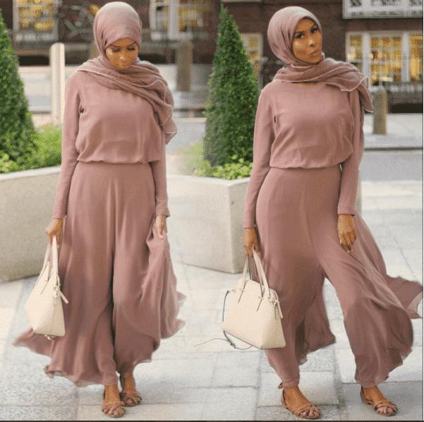 nude-monochrome-street-style-hijabi-outfit 14 Popular Hijab Street Style Fashion Ideas This Season