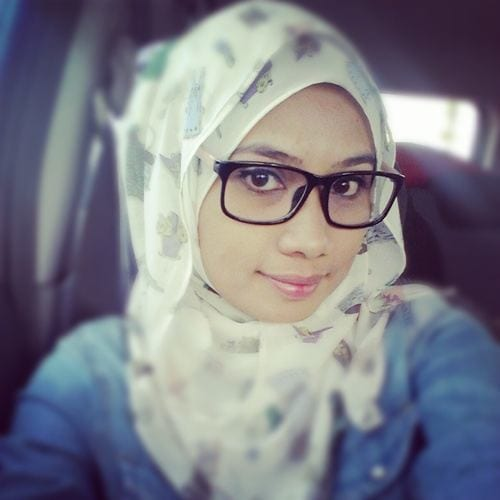 simple hijab glasses