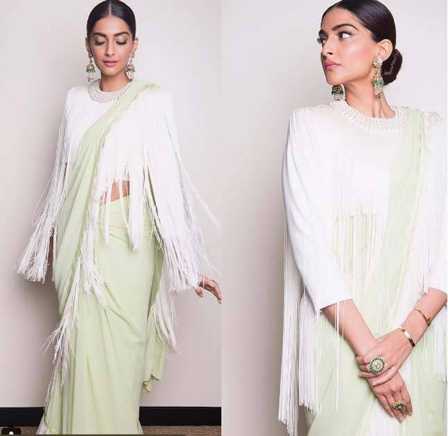 sonam-kapoor-fringed-saree 14 Most Elegant Saree Designs - Saree Wearing Tips and Ideas
