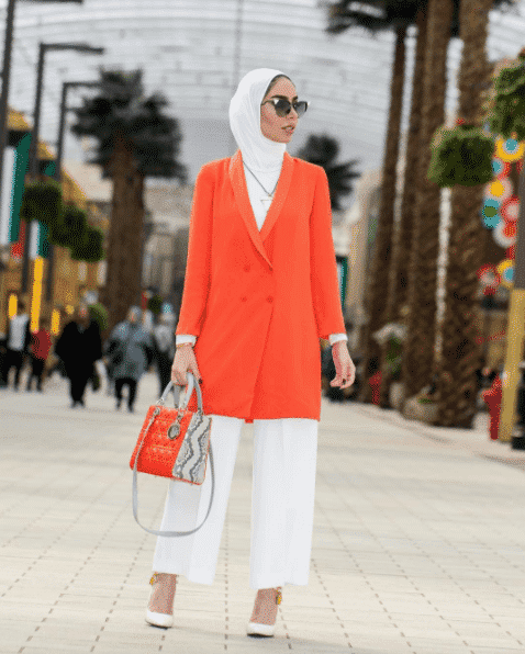 white-hijab-funky-outfit Funky Hijab Style-16 Cool Ideas to Wear Hijab for Funky Look