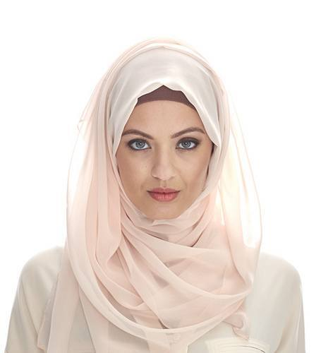 Pink hijab style