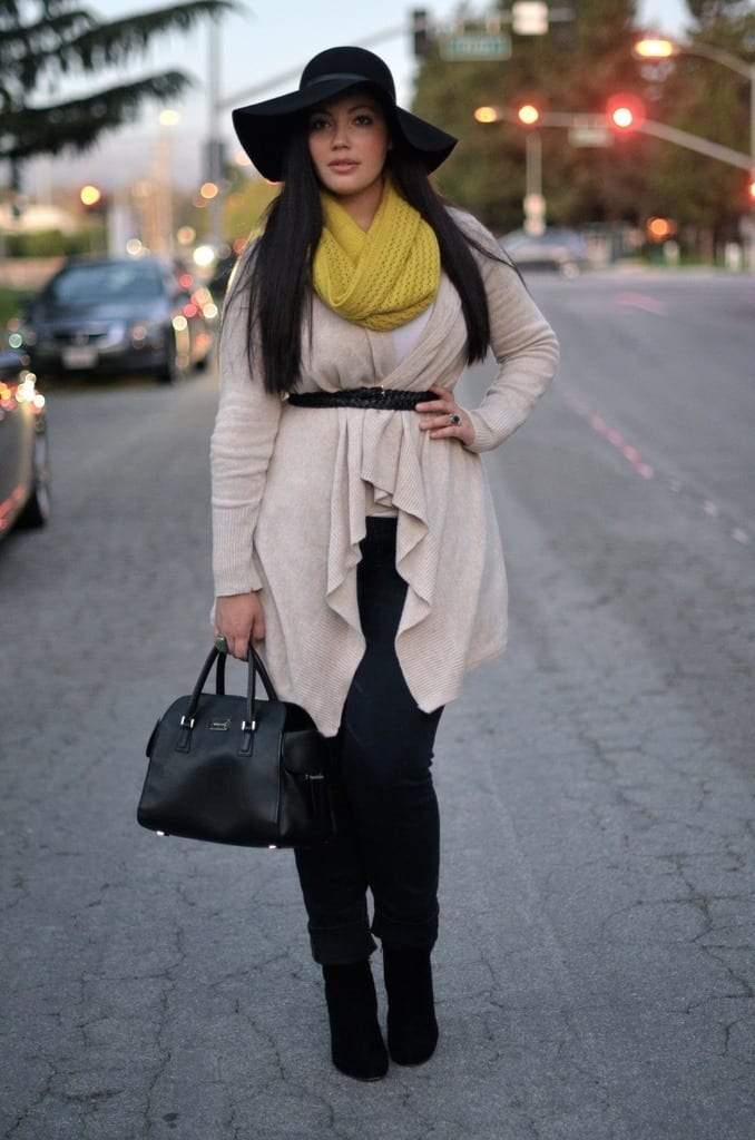 Plus-size-winter-casual-style Plus Size Winter Outfits-14 Chic Winter Style for Curvy Women