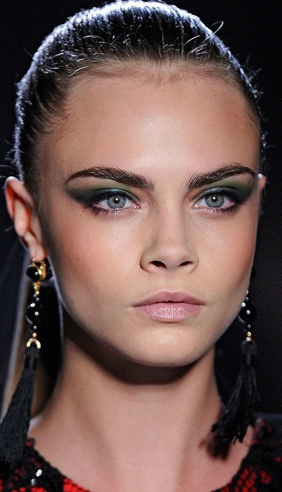 cara delevingne smokey eye makeup