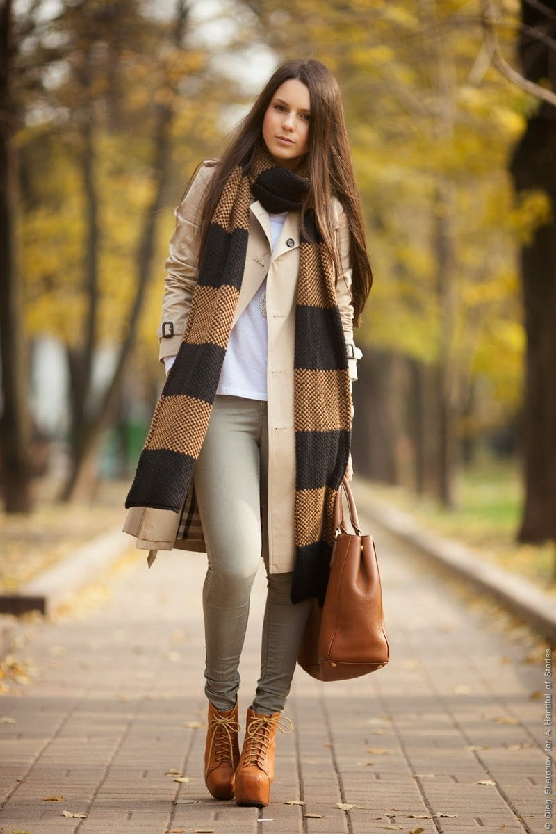 cool-ways-to-wear-a-trench-coat-this-fall1 Long Coat Styles -20 Ways to Wear Long Coats This Winter