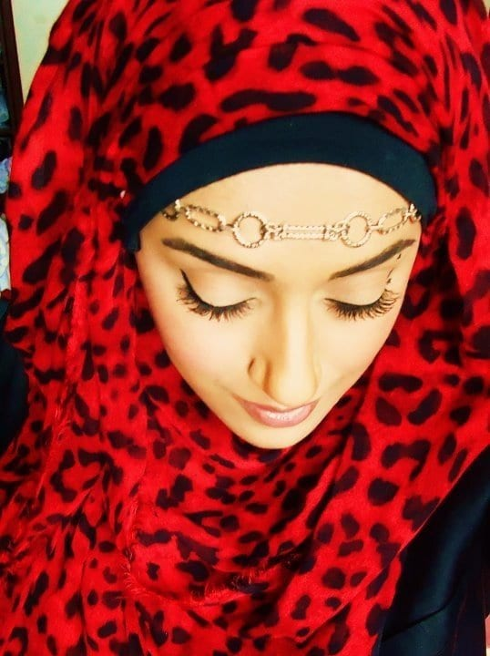 what jewelry to wear with hijab