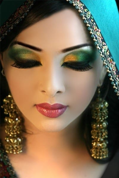 eye makeup for muslim bride