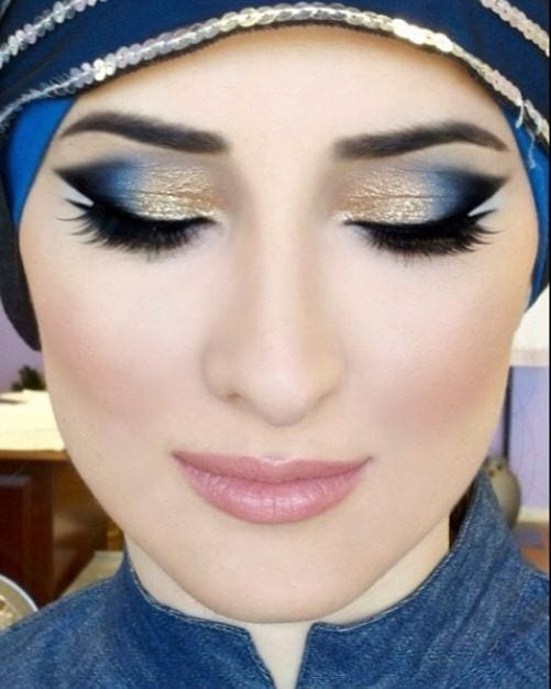 eye-makeup-with-hijab 10 Best Arabian Eye Makeup Tutorials With Step by Step Tips