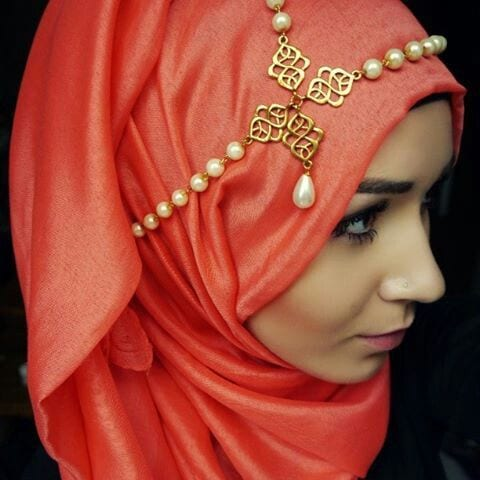f7b940c8b53145436c2530a10939c696 Hijab Accessories-25 ways to Accessorize Hijab With Jewelry