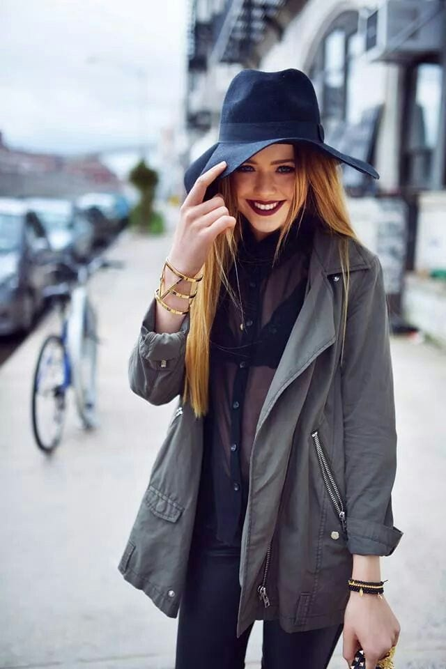kristina-bazan-hats-style 18 Most Stylish Kristina Bazan Winter Outfits To Copy