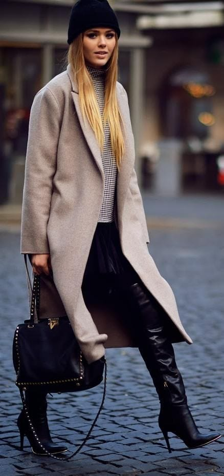 kristina-bazan-long-coat-style 18 Most Stylish Kristina Bazan Winter Outfits To Copy