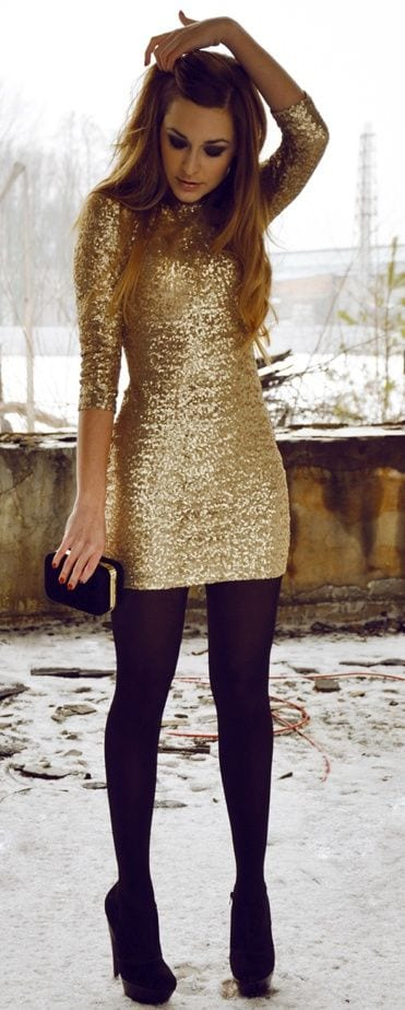 shinny-outfits-for-teens 17 Cute Holiday Outfits For Teenage Girls To Try this Season