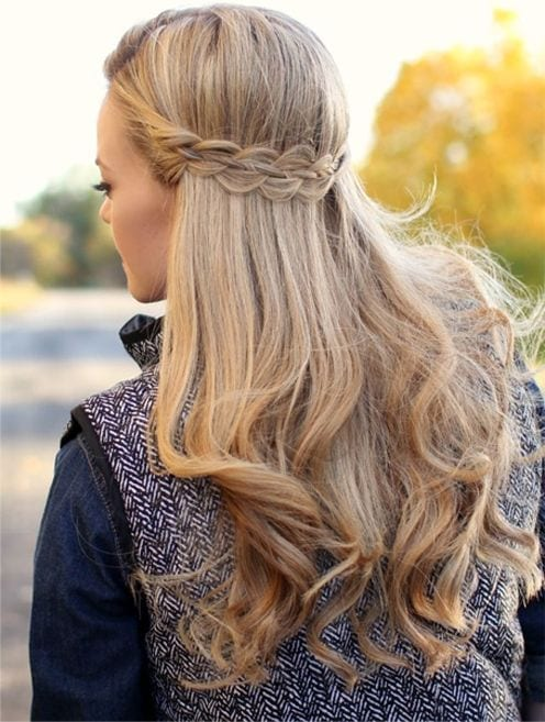 cute winter hairstyles for teen girls (17)
