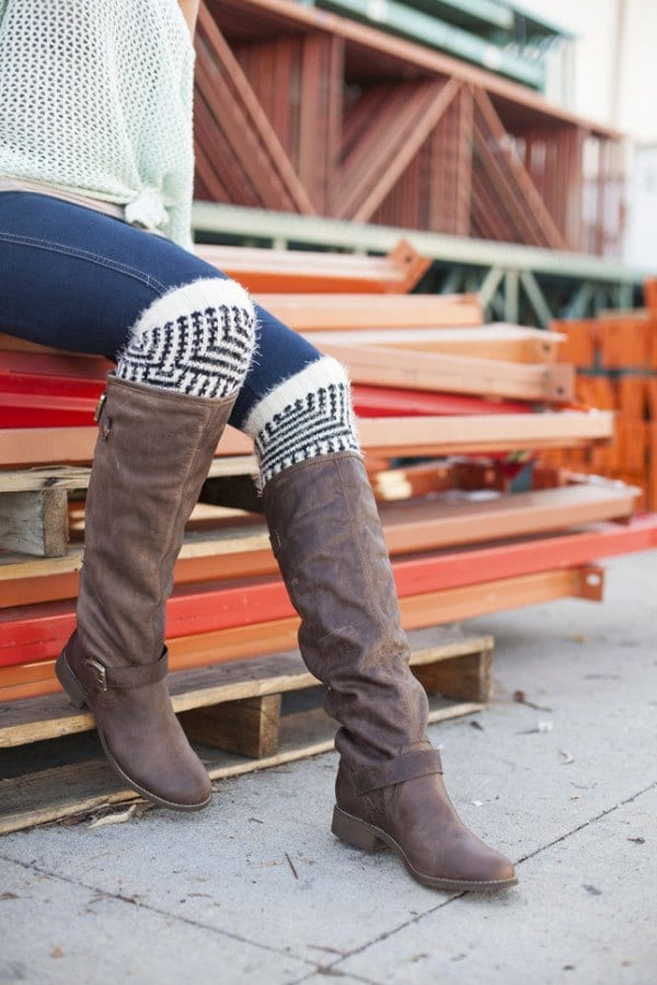 DIY-BOOT-SOCKS Top 50 DIY Winter Fashion Projects With Simple Tutorials