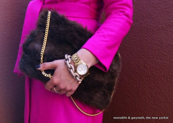 DIY-fur-Clutch 50 Most Useful DIY Winter Fashion Ideas with Tutorials