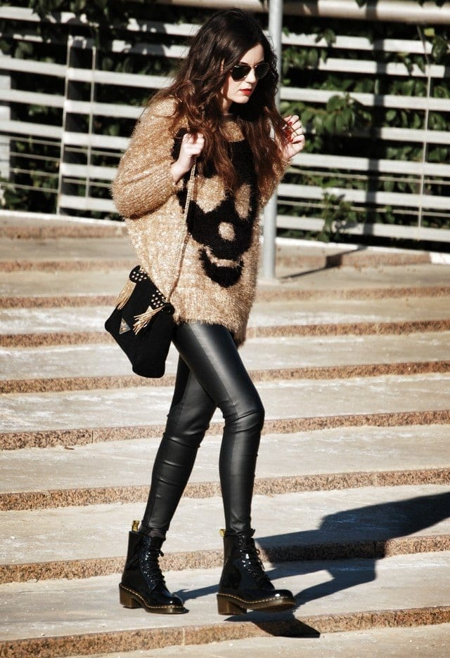 Outfits with Combat Boots- 22 Ideas How to Wear Combat Shoes