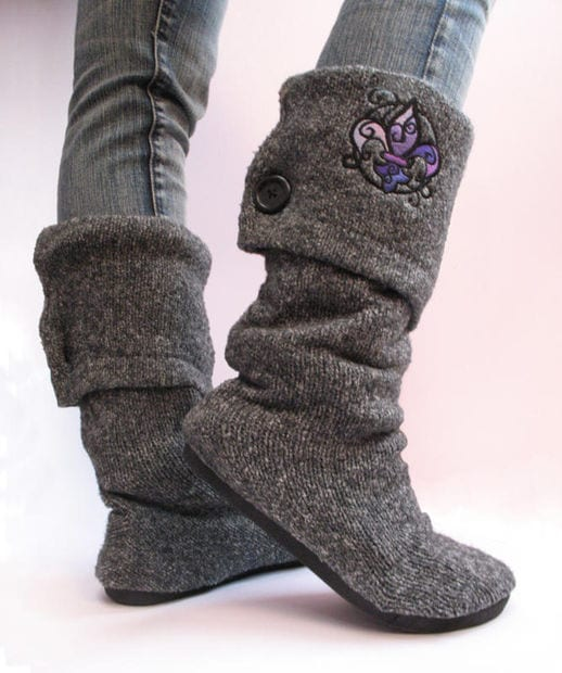 UPCYCLED-SWEATER-BOOTS Top 50 DIY Winter Fashion Projects With Simple Tutorials