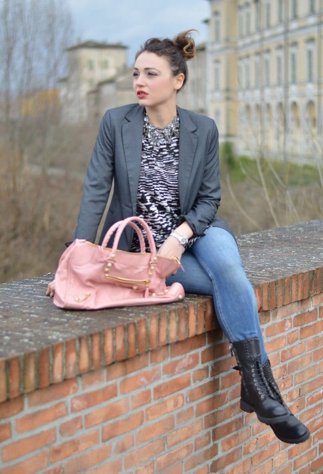 winter outfits to wear with combat boots (12)