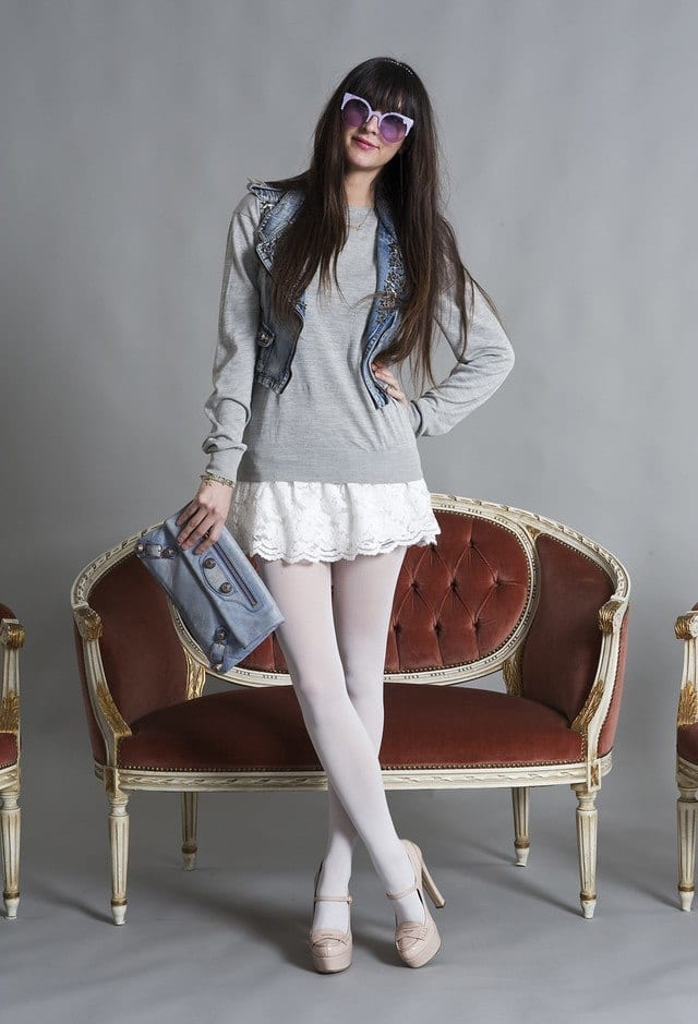 balenciaga-clutches-miu-miu-heels-wedgeslook-main-single 20 Cute Outfits To Wear With White Tights/Leggings This Season