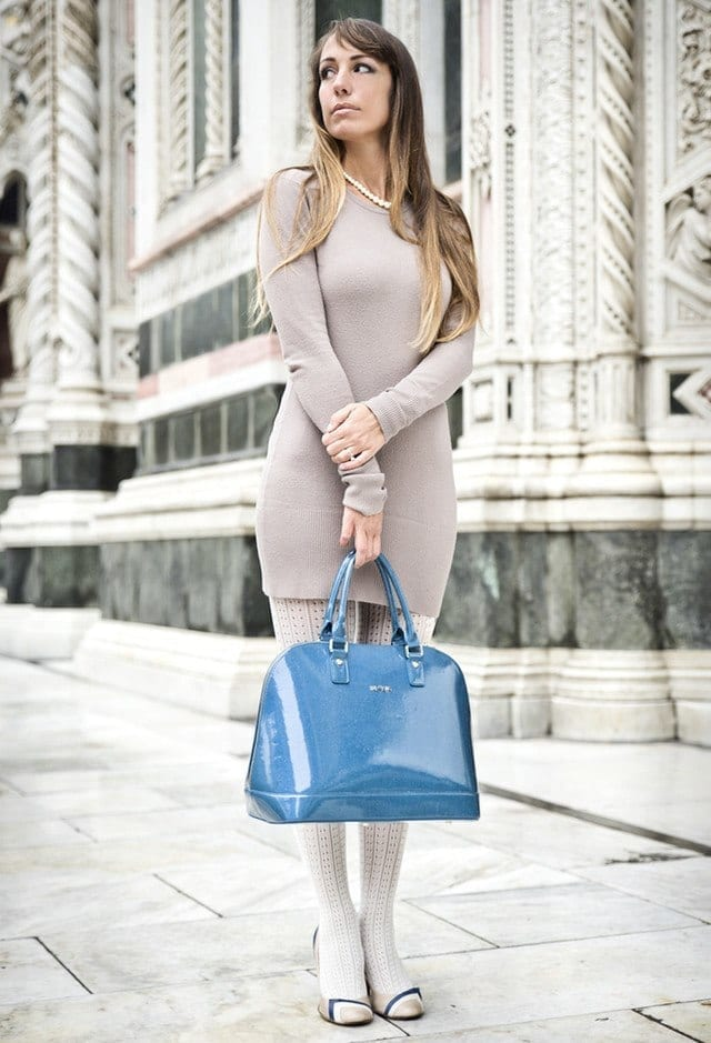 lux-bag-blue-green-vitovenice-bagslook-main-single 20 Cute Outfits To Wear With White Tights/Leggings This Season
