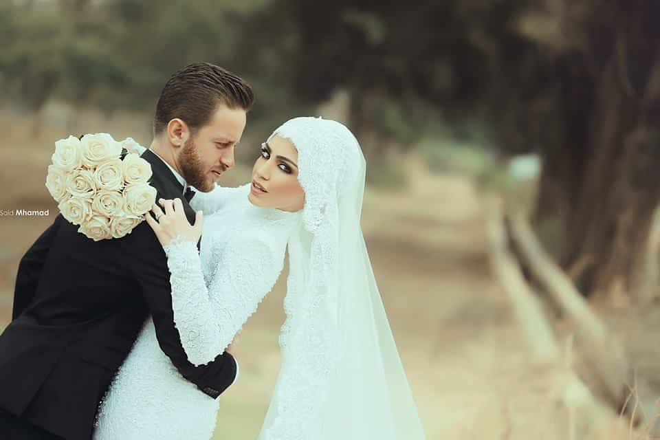 10671280_814719118598556_6756205401809063467_n 150 Most Romantic and Cute Muslim Couples Pictures Collection