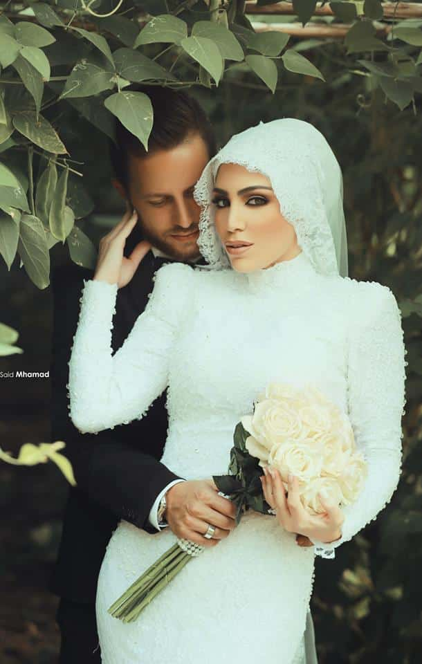 10846351_814719211931880_5314095792603537824_n 150 Romantic Muslim Couples Islamic Wedding Pictures