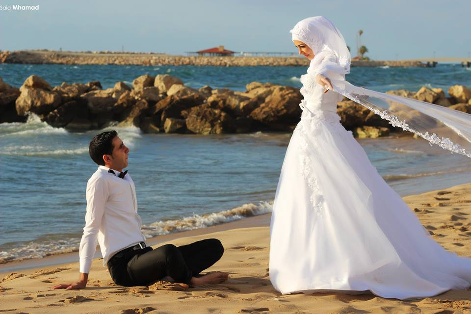 1530444_598981886838948_1347421699_n 150 Most Romantic and Cute Muslim Couples Pictures Collection