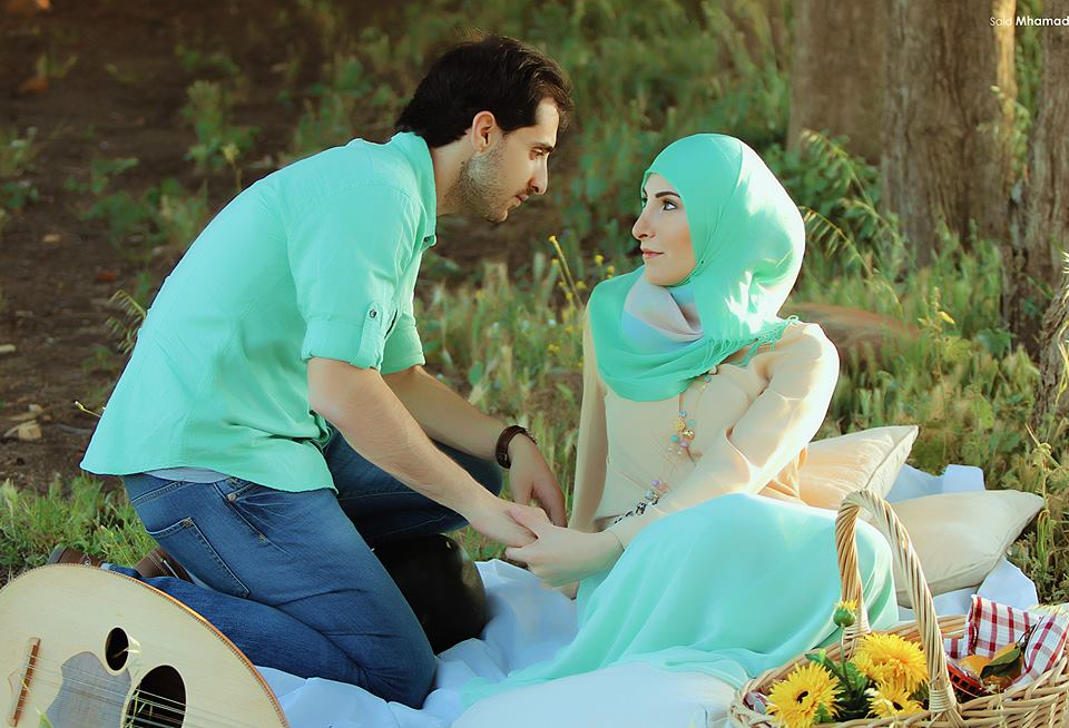 260387_492655000804971_1677345401_n 150 Most Romantic and Cute Muslim Couples Pictures Collection