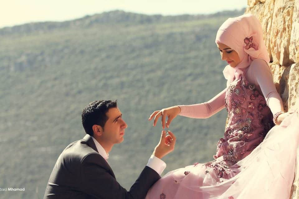 536221_472537602816711_166805448_n 150 Most Romantic and Cute Muslim Couples Pictures Collection