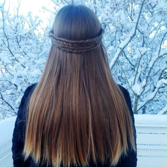cute hairstyle for college girls (8)