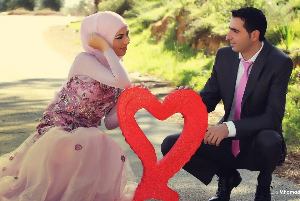 6317_472542012816270_1597997678_n 150 Most Romantic and Cute Muslim Couples Pictures Collection