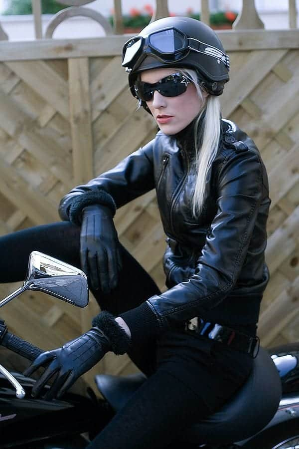 women biker fashion ideas (8)
