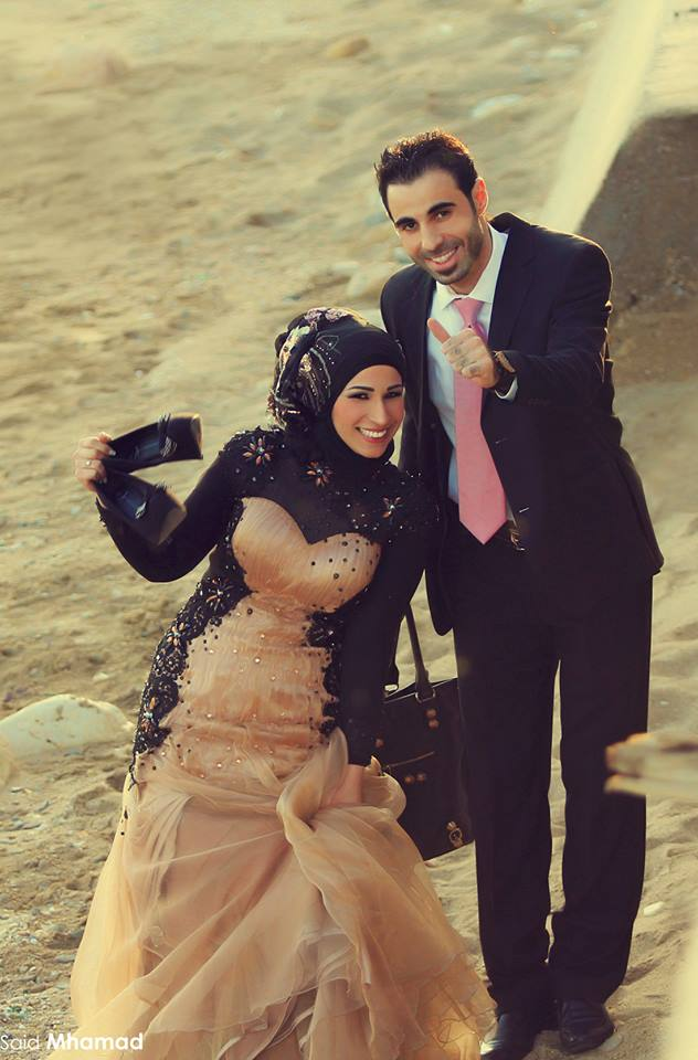946817_491496824254122_78655758_n 150 Most Romantic and Cute Muslim Couples Pictures Collection