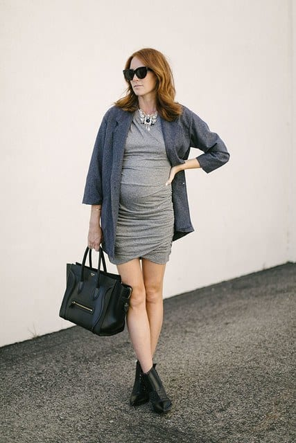 comfortable Winter baby shower outfits (6)