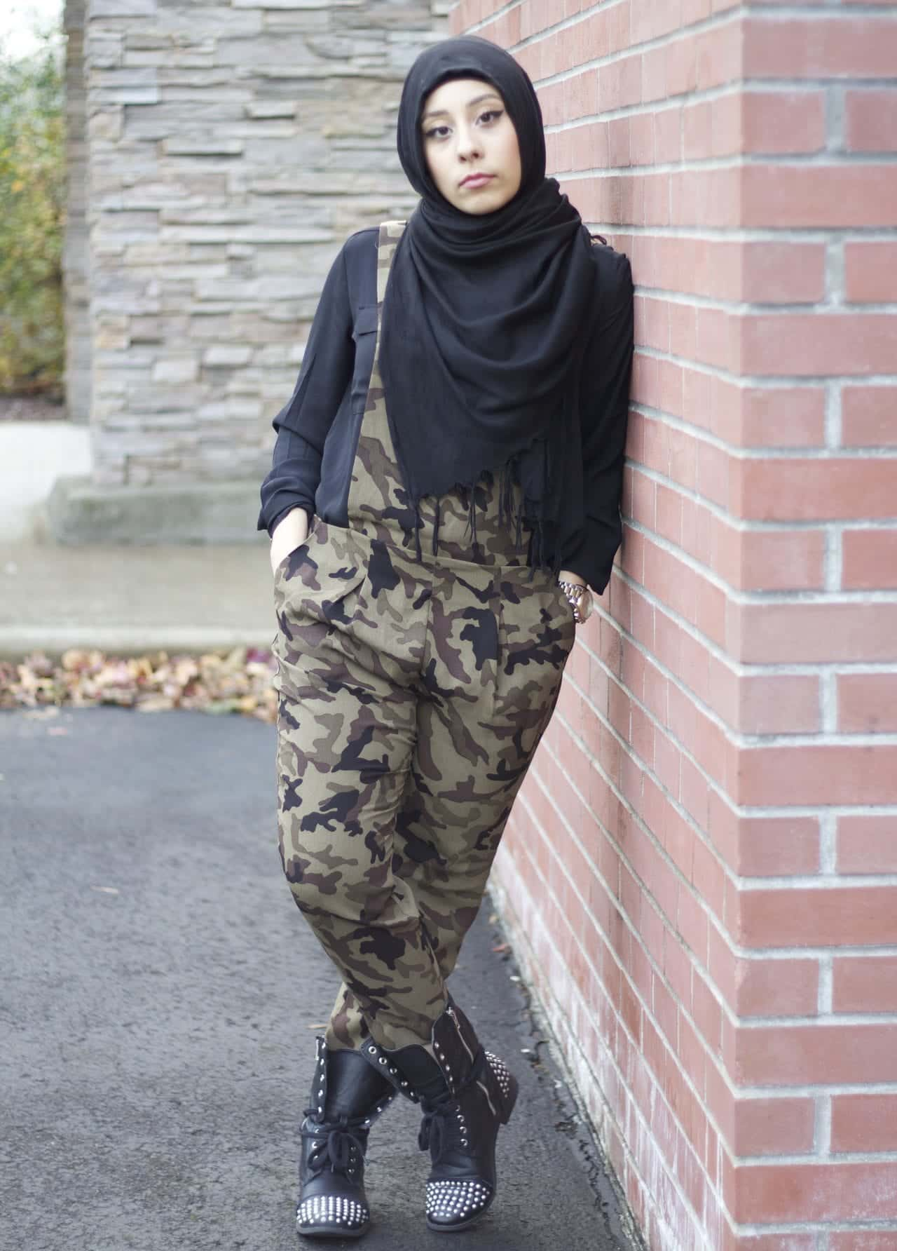 hijab-style-SIGNATUREINGOLD-camo Hijab Swag Style-20 Ways to Dress for a Swag Look With Hijab