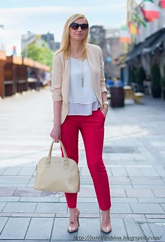 how-to-wear-tights-for-job 15 Simple Fashion Tips for Business Woman - Outfit Ideas