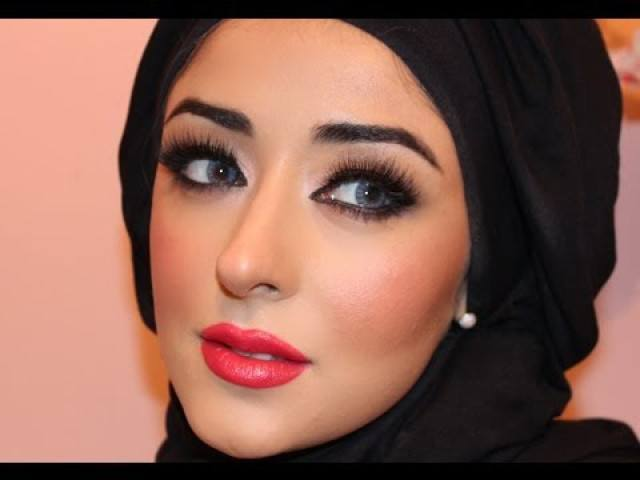 13dfhqdefault Simple Makeup With Hijab Tutorial And Tips