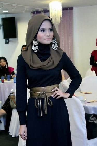 3f69a1f70a46b2fe380ed6925abff76c Hijab Earring Style - 16 Ideas to Wear Earrings with Hijab