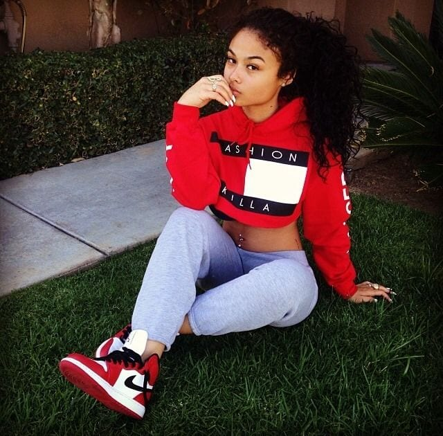 869ad898fa65611d2e473649769bb823 20 Trending Urban Outfits for the Modern Teenage Girls