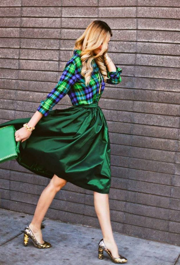Wear-Green-for-St.-Patrick-Day-16-Stylish-Outfit-Ideas-1-620x912 16 Cute Green Outfits Combinations for St. Patrick Day