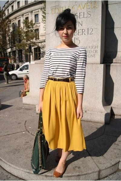 outfittrends: 16 Ideal Outfits To Wear With Midi Skirts For ...