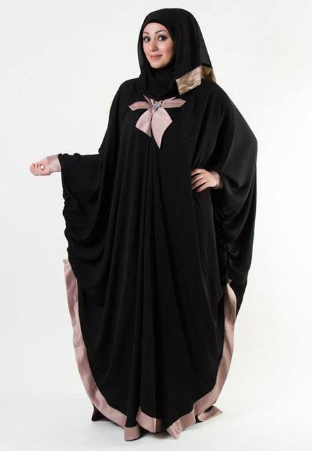 look-4 Hijab Style With Abaya-12 Chic Ways To Wear Abaya With Hijab