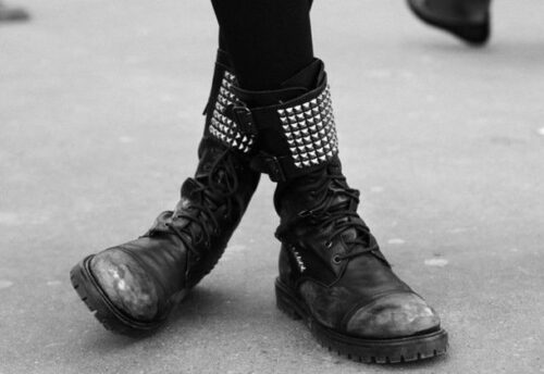 nh1z49-l-610x610-black-shoes-spiked-shoes-studded-shoes-docs-goth-shoes-grunge-shoes-shoes-500x344 25 Cute Grunge Fashion Outfit Ideas to Try This Season